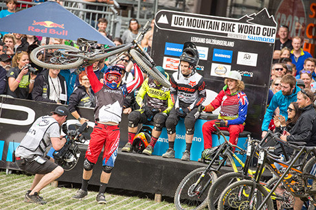 DHI-WC-2015-Aaron-Gwin-Hotseat_by_Michael-Marte
