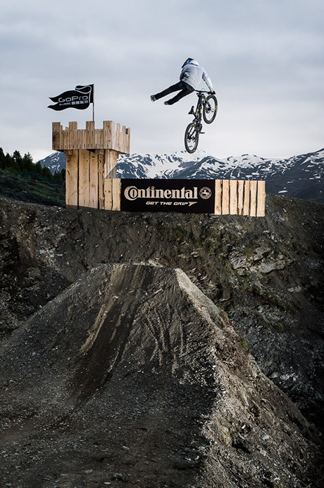 NineKnights_MTB2014_Day5_CloudySession_09_Tobi-Wrobel_by_KlausPolzer_LowRes